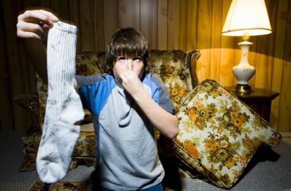 Как избавиться от неприятного запаха в сумке? .  Мир женских.
