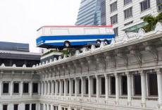 richard-wilson-art-installation-hong-kong-peninsula-hotel