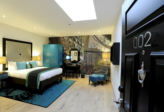indigo-hotel-kensington-room