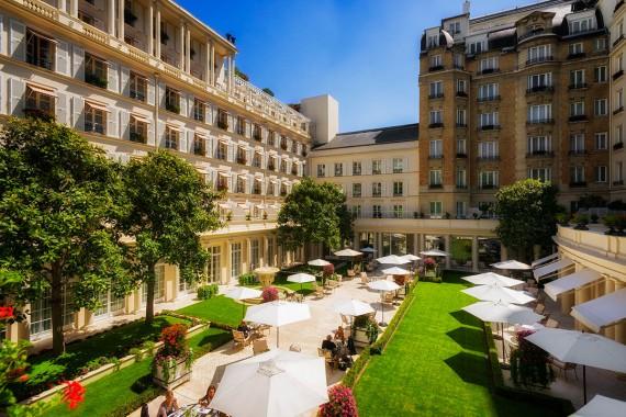 hotel-bristol-paris