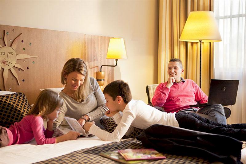 Семейные одхней нудзмей с детми голу фото фото 741-258