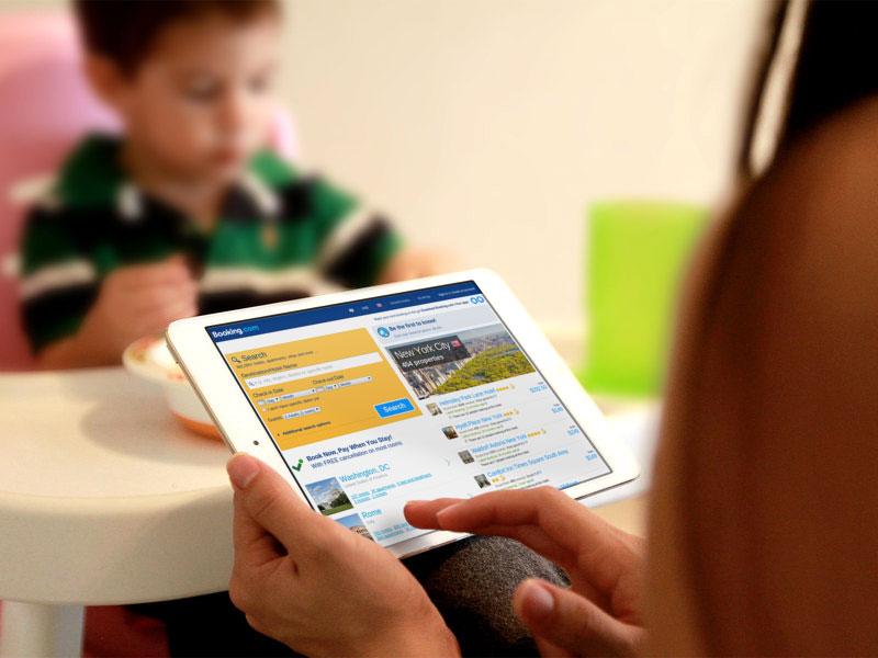 Мультиплатформенный лидер Booking.com