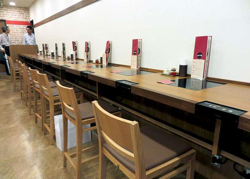 Японский ресторан для соло-ужинов