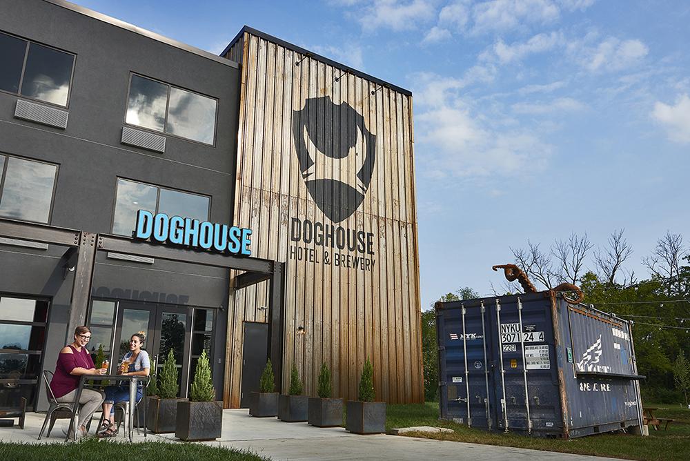 The DogHouse - первый в мире пивной отель
