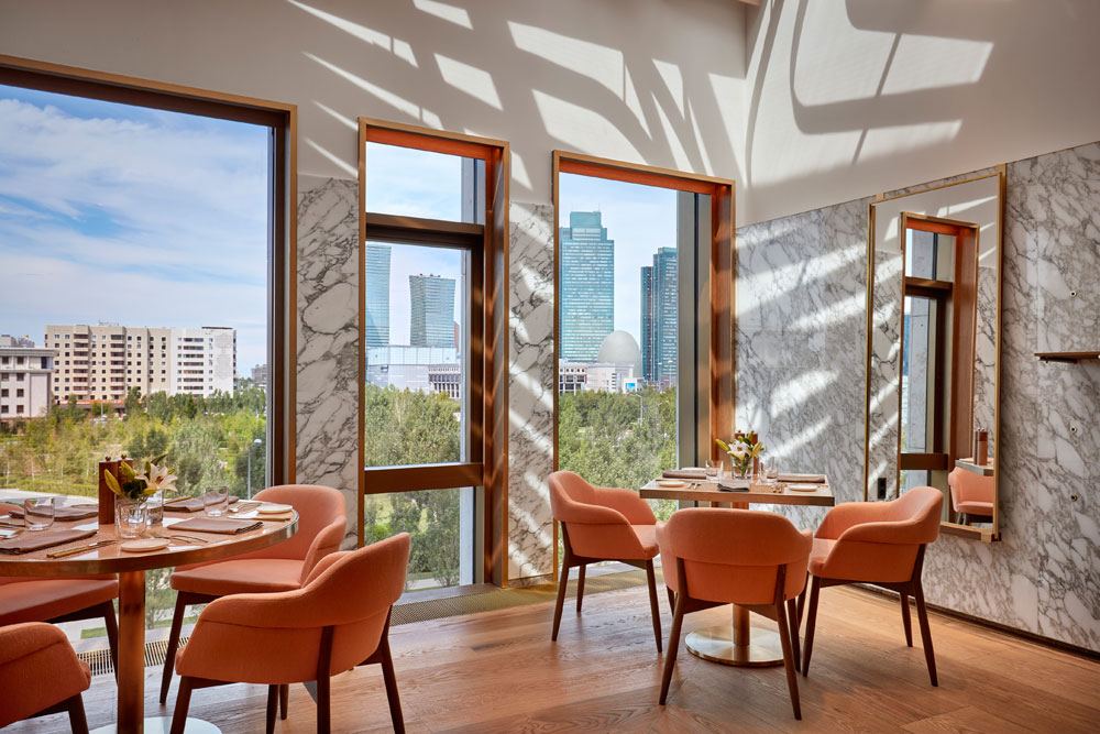 Mokki-restaurant-The-Ritz-Carlton Астана